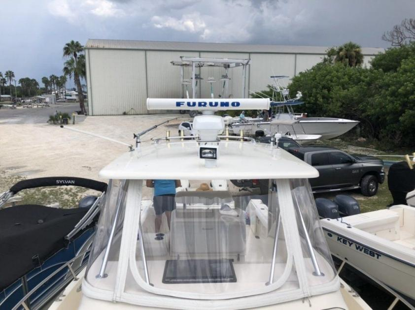 2001 Pursuit 3070 offshore cc