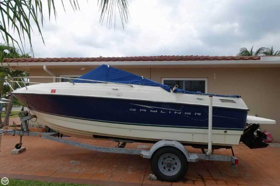 Bayliner Cuddy cabin boats for sale in Florida - boatinho com