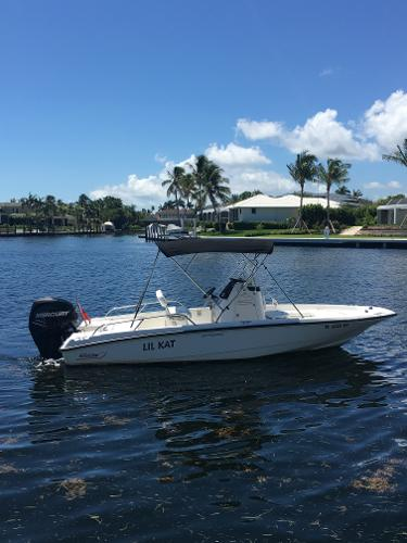 2008 Boston Whaler 20 dauntless