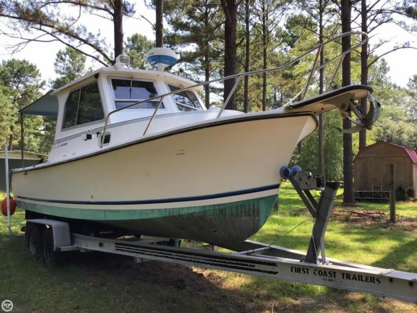 1990 Shamrock 260 mackinaw