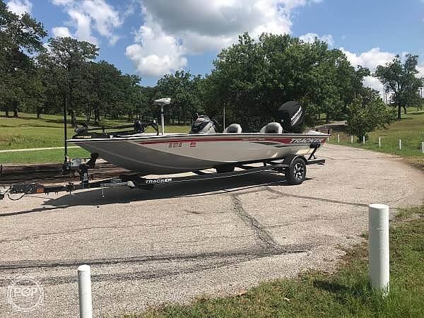 Tracker boats for sale - boatinho com