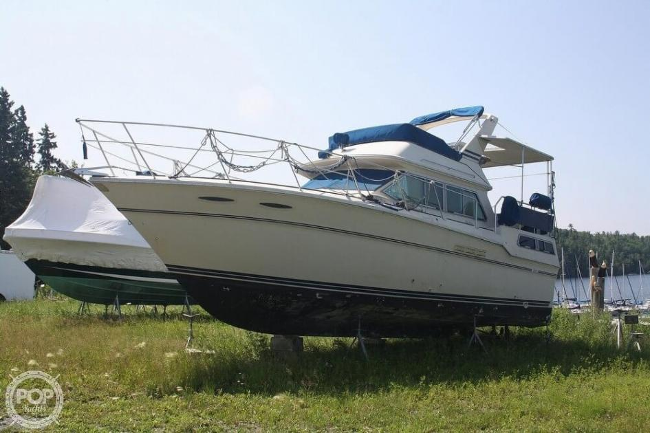 1985 Sea Ray 360 aft cabin