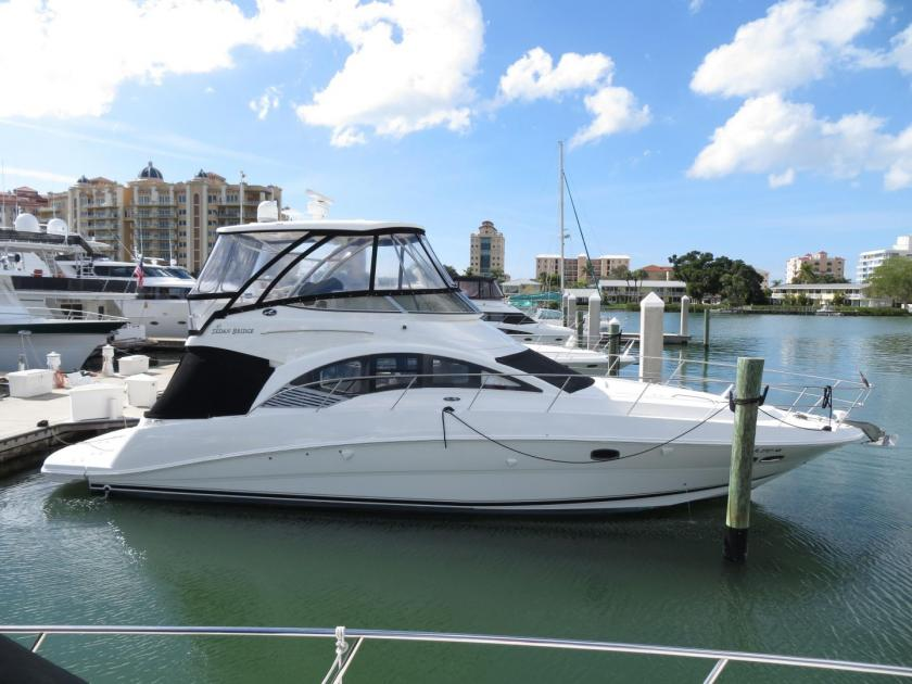 2008 Sea Ray 47 sedan bridge